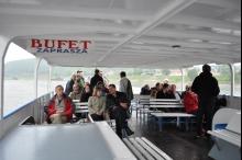 Mimo deszczu nie brakowało chętnych na rejs statkiem po Wiśle