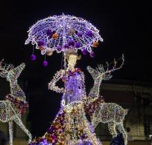 W tym roku Warszawę ozdabiają trójwymiarowe figury LED-owe/Fot. Multidekor